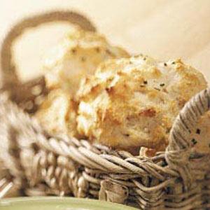 Sour Cream & Chive Biscuits Recipe