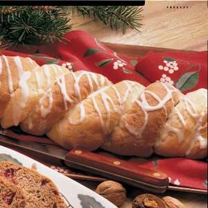 Fruit Bread Twists Recipe