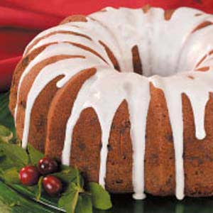 Apple-Raisin Bundt Cake Recipe