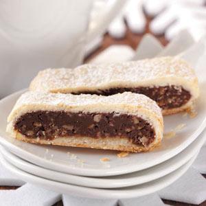 Fudge-Filled Dessert Strips Recipe