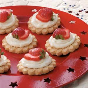 Strawberry Cookie Tarts Recipe