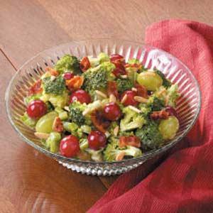 Fresh Grape Broccoli Salad Recipe