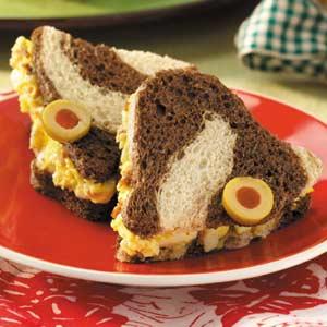 Eggcellent Finger Sandwiches Recipe