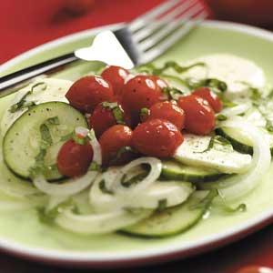 Grape Tomato Mozzarella Salad Recipe