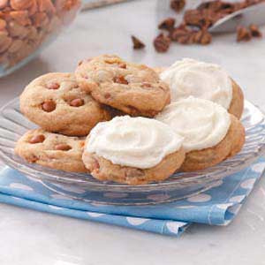 Iced Cinnamon Chip Cookies Recipe