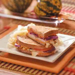 Turkey Sandwiches With Red Pepper Hummus Recipe