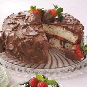 Chocolate-Covered Strawberries Cake Recipe