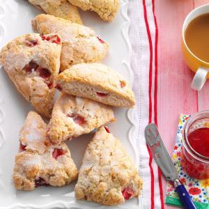 Strawberries 'n' Cream Scones Recipe