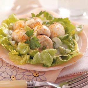 Lemony Mushroom Lettuce Salad Recipe