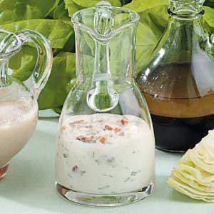 Easy Blue Cheese Bacon Dressing Recipe