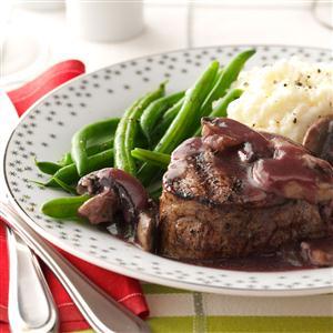 Beef Tenderloin with Mushroom Sauce Recipe