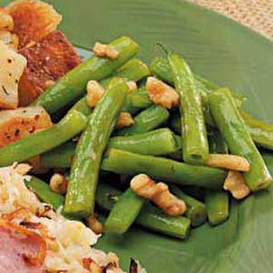 Asian Green Beans with Walnuts Recipe