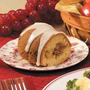 Pear-Filled Bundt Cake Recipe