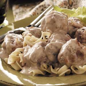 Sour Cream Meatballs Recipe