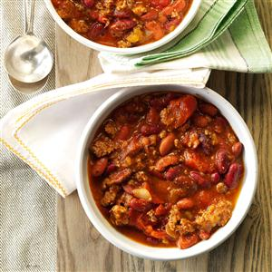 Sandy's Slow-Cooked Chili Recipe