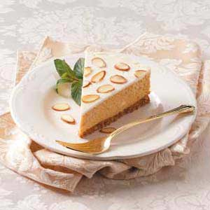 Almond-Topped Pumpkin Cheesecake Recipe