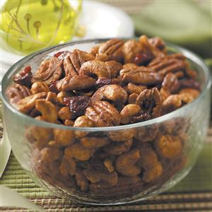 Contest-Winning Sugar 'n' Spice Nuts Recipe