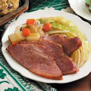 Slow Cooker Corned Beef Supper Recipe