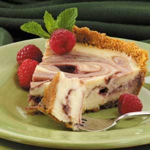 Raspberry Ribbon Cheesecake Pie Recipe