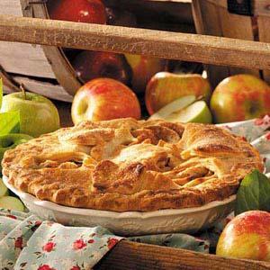 Cinnamon Caramel-Crunch Apple Pie
