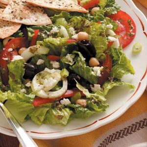 Greek Garden Salad with Dressing Recipe