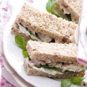 Nutty Chicken Sandwiches Recipe