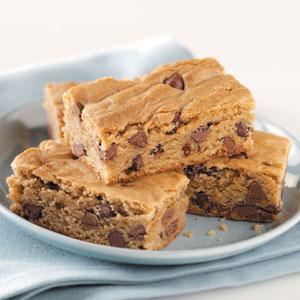 Peanut Butter Cake Bars Recipe