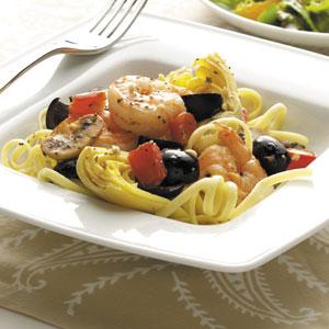 Mediterranean Shrimp and Linguine Recipe