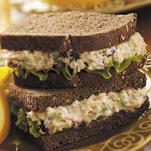 Cranberry-Walnut Chicken Salad Sandwiches Recipe