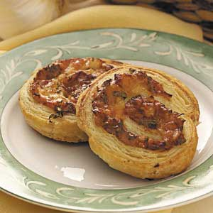 Garlic-Onion Appetizer Rounds