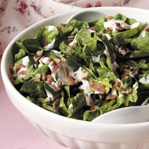 Horseradish Spinach Salad Recipe