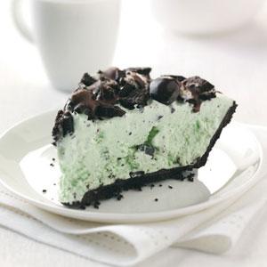 Easy Grasshopper Ice Cream Pie Recipe