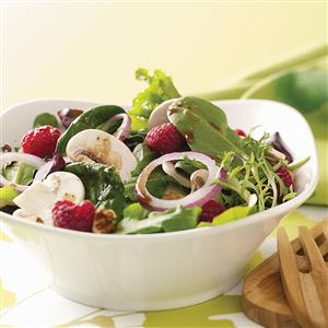 Summer Salad with Lemon Vinaigrette Recipe