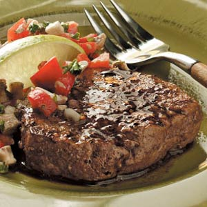 Peppered Filets with Tomato-Mushroom Salsa Recipe