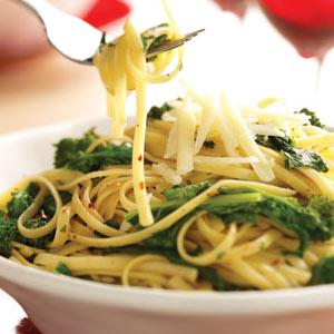 Broccoli Rabe & Garlic Pasta Recipe