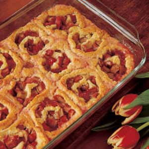Rhubarb Pinwheels Recipe