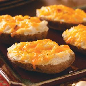 Garlic-Cheddar Baked Potatoes Recipe