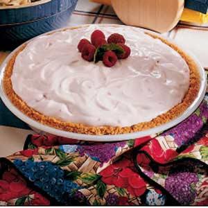 Raspberry Mallow Pie Recipe
