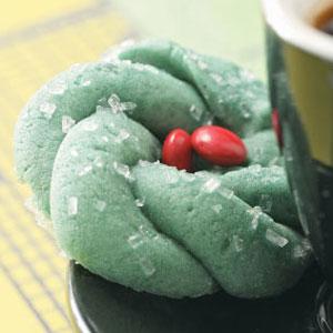 Festive Wreath Cookies Recipe