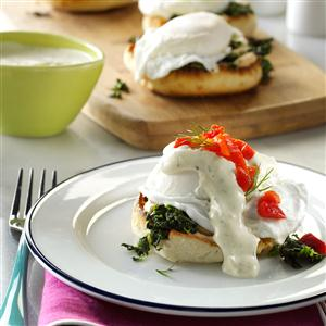 Eggs Benedict with Dill Sauce Recipe