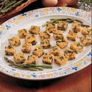 Cheesy Asparagus Bites
