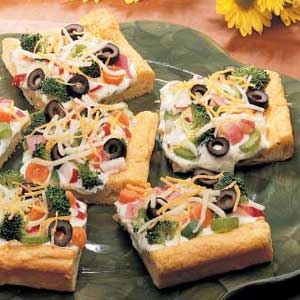 Quick Cold Vegetable Pizza