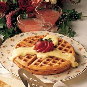 Waffles with Vanilla Sauce Recipe