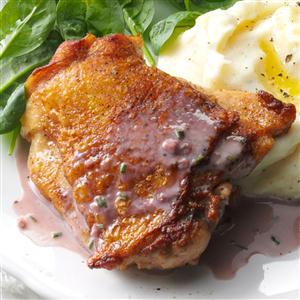 Chicken with Red Wine Cream Sauce Recipe