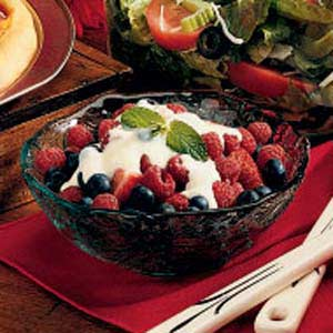 Berries in Custard Sauce Recipe
