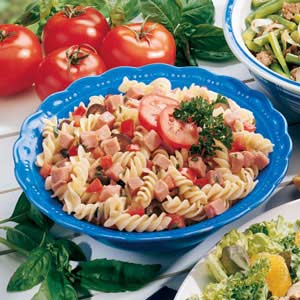 Basil Pasta and Ham Salad Recipe