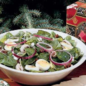 Spinach Salad with Dates Recipe