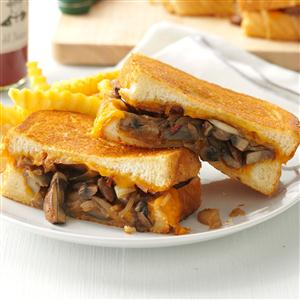 Mushroom & Onion Grilled Cheese Sandwiches Recipe