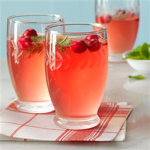 Cranberry-Jalapeno Martini Recipe