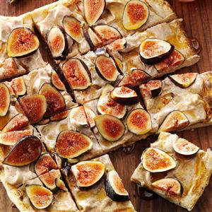 Grilled Fig and Honey Pizza Recipe